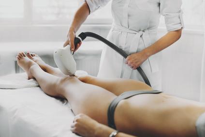IPL-Haarentfernung im Kosmetikstudio